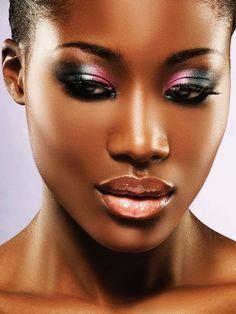 Agence de mannequins Hype models Paris - Model agency in Paris / visage / femme / maquillage / bonjour