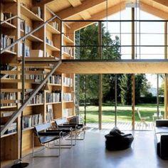 Poltrona Wassily, design de Marcel Breuer / Nobis House, em Munique, Alemanha. Projeto de Susanne Nobis. #design #poltrona #conforto #designdemoveis #furnituredesign #chairdesign #chair #comfort #interior #interiores #artes #arts #art #arte #decor #decoração #architecturelover #architecture #arquitetura #design #projetocompartilhar #shareproject #poltronawassily #wassilychair #marcelbreuer #nobishouse #munique #munich #alemanha #germany #susannenobis