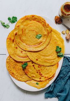 Savory Moong Dal Rice Crepes (Dosa or Cheela) Baker Recipes, Kitchen Recipes, Vegan Recipes, Wrap Recipes, Easy Recipes, Savory Crepes, Minimalist Baker, Green Chutney, Indian Food Recipes