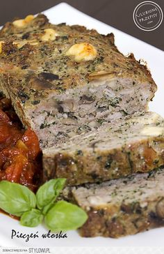 1 kg mięsa mielonego (u mnie było wieprzowe, ale można… na Stylowi.pl Meatloaf Recipes, Sausage Recipes, Pork Recipes, Cooking Recipes, Good Food, Yummy Food, Pork Dishes, Special Recipes, Greek Recipes