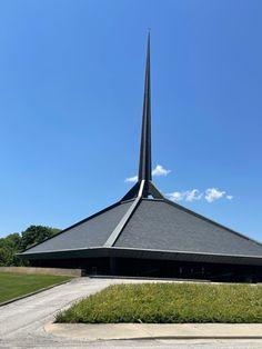 North Christian Church. 1964. Columbus, Indiana. Eero Saarinen Columbus Indiana, Eero Saarinen, Christian Church, Arch, Design, Longbow, Wedding Arches, Bow