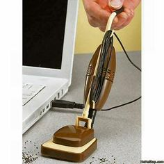 Fully functional vacuum USB helps keep your desk neat. This is funny!