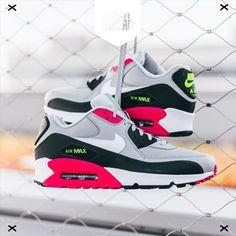 a991fd10fe2 HOT ✖✖ Eindelijk weer wat nieuwe Air Max 90 colorways! Check onder andere  deze. Nike.com