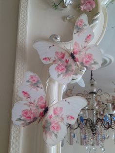 4 Stunning Shabby Chic Pink Rose Butterflies Butterfly Decals Accessories each - Chic Decor 5 Shabby Chic Pink, Shabby Chic Crafts, Shabby Chic Bedrooms, Shabby Chic Homes, Shabby Chic Style, Shabby Chic Decor, Manualidades Shabby Chic, Rosa Rose, Butterfly Wall Art