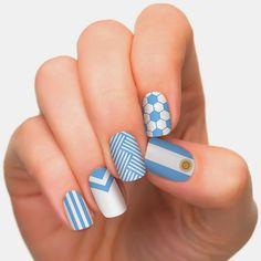 Uñas decoradas con la Bandera Argentina o sus colores | Decoración de Uñas - Manicura y Nail Art