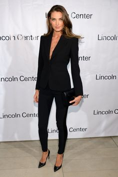 Baikova Photos Photos: Great American Songbook Event Honoring Bryan Lourd - Arrivals Perfectly tailored, simple yet elegant, women's power suit.Perfectly tailored, simple yet elegant, women's power suit. Fashion Mode, Work Fashion, Womens Fashion, Fashion Styles, Street Fashion, Fashion News, Fashion Images, Fashion Black, Fashion 2018