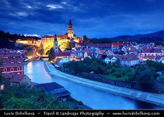 Czech Republic - Cesky Krumlov Castle Towering over Vltava River at Dusk - Twilight - Blue Hour Bohemia Photos, Places To Travel, Places To See, Beautiful Places In The World, Amazing Places, Virtual Travel, Best Travel Guides, Travel Couple, Dream Vacations
