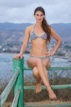 Bikini con figuras geométricas