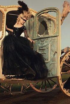 Kirsten Dunst as Marie Antoinette. Perfect.