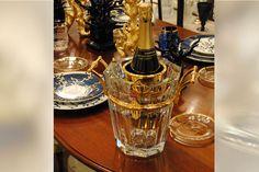 $1500 A table with blue corals: Baccarat crystal champagne bucket., Parenti Firenze Showroom - L'Arte della tavola: cristalli luminosi, porcellane uniche, gioielli, argenti e metalli artistici