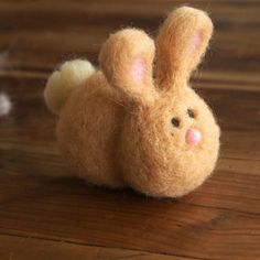 Learn the tips and tricks to easy needle felting with this step-by-step bunny tutorial.