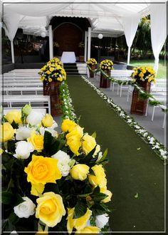Decoração de Casamento no Campo Amarela