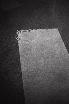 Unbenannt by Hiro Sugiyama Minimal Photography, Monochrome Photography, Creative Photography, Fine Art Photography, Amazing Photography, Street Photography, Photography Magazine, White Photography, Photo Black