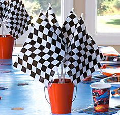 DIY a unique birthday centerpiece with Hot Wheels balloons, traffic cones and duck tape. Make it with Hot Wheels party supplies. Hot Wheels Birthday, Race Car Birthday, Race Car Party, 2nd Birthday, Birthday Ideas, Frozen Birthday, Birthday Parties, Festa Monster Truck, Monster Truck Birthday
