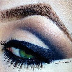 Oh. Em. Gee. I love this! I've always loved the way navy blue looks with green eyes