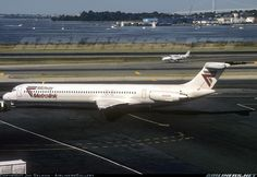 McDonnell Douglas MD-81 (DC-9-81) aircraft picture