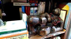 A mulher reclinada na estante da História - Rô Layus