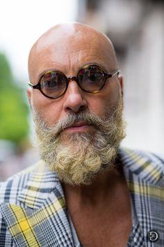 Bald Men With Beards, Bald With Beard, Grey Beards, Stylish Men Over 50, Shaved Head With Beard, Bald Men Style, Bald Look, Mens Facial, Beard Model