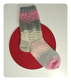 Calcetines, cómo tejer calcetines paso a paso | anaconde | socks&co Knit Fashion, Fashion Tips, Knitting Videos, Knitting Socks, Knit Crochet, Hats, Ravelry, Slippers, Clothes