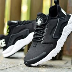 7d6b33e4babf Nike Womens Air Huarache Run Ultra Sz 8 Black White 819151 001