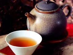 Green tea: good for body & soul Best Superfoods, Tea Culture, Tea Art, Chinese Tea, Drinking Tea, Healthy Habits, Aloe Vera, Tea Time, Tea Cups