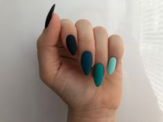 Image uploaded by Marleen. Find images and videos about beauty and nails on We Heart It - the app to get lost in what you love. Summer Acrylic Nails, Best Acrylic Nails, Acrylic Nail Designs, Aycrlic Nails, Manicures, Hair And Nails, Bling Nails, Matte Nails, Glitter Nails