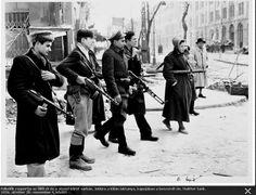 Felkelők egy csoportja.1956.okt.28.(Vagn Hansen)