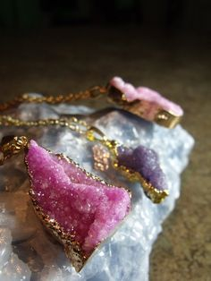 Hot Pink Sparkly Druzy Geode Gemstone Pendant Necklace on Gold Tone Chain, Pink and Gold Druzy Stone Necklace, Geode Stone Druzy Pendant