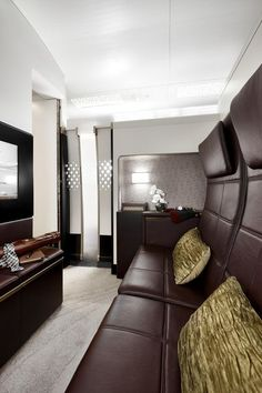 Included in The Residence by Etihad lounge is a luxurious Poltrona Frau leather double-seat sofa with ottoman, two dining tables, cabinet for chilled drinks and 32-inch flat screen television