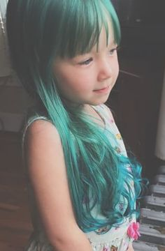 @closwish has such a cute lil one with #VoodooBlue tresses.