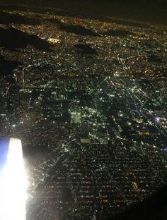 Por siempre viajar, foto de la CDMX desde el avión. Viaje de junio <3