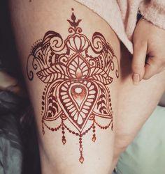 Henna design I did on my thigh