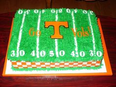 Tennessee Vols cake created by Twisted Sister Cakes....www.twistedsistercakes.com