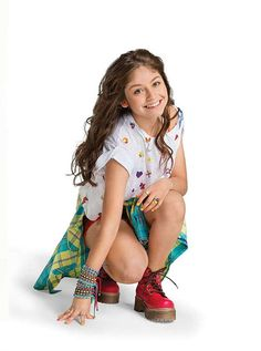 Sou Luna: Promoshoots De Sou Luna Da Primeira Temporada Sou Luna Disney, Nickelodeon Cartoons, Teen Girl Poses, Son Luna, Fan Fiction, Cancun, Cartoon Network, Tv Shows, Wattpad