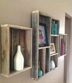 wood Design Ideas Pallet Walls is part of Pallet home decor - Welcome to Office Furniture, in this moment I'm going to teach you about wood Design Ideas Pallet Walls Pallet Home Decor, Wooden Pallet Projects, Pallet Crafts, Pallet Furniture, Pallet Ideas, Crate Crafts, Modern Furniture, Furniture Plans, Diy Crafts
