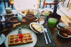 #day49 #again #bismaeight #ubud #breakfastfortwo #sogood #lovelife by juskeybow