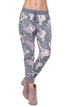 "The women's Printed French Terry Jogger Pants by LA Hearts for PacSun and PacSun.com feature a pastel floral print throughout and comfortable drawstring waistband. We love wearing these cozy joggers with our basic t-shirt or tank for cute casual style! High rise 12"" rise 38"" inseam Measured from a size small Model is wearing a small Her measurements: Height: 5'7"" Bust: 32"" Waist: 24"" Hips: 34"" 62% polyester, 33% rayon, 5% spandex Machine washable Imported"