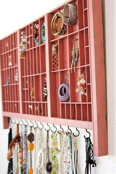 DIY jewelry storage. My mom would LOVE this!