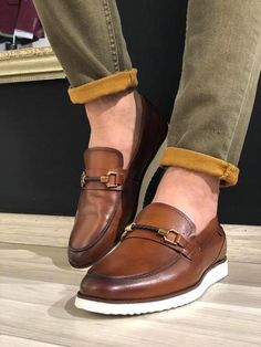 Heritage Buckle Detail Tan Loafers is part of Tan loafers - UK Mens Casual Leather Shoes, Mens Slip On Shoes, Leather Men, Casual Shoes, Shoes Men, Casual Outfits, Dress Up Shoes, Tan Shoes, Shoes Sandals