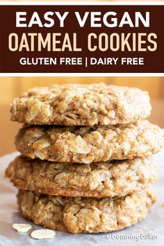 Easy Vegan Oatmeal Cookies GF a Simple recipe for the BEST Vegan Oatmeal Cookies Chewy moist centers with crispy caramel-y edges packed with comforting oatmeal Recipe at Vegan Dessert Recipes, Good Healthy Recipes, Vegan Sweets, Dairy Free Recipes, Whole Food Recipes, Vegan Gluten Free Desserts, Baker Recipes, Gf Recipes, Simple Recipes