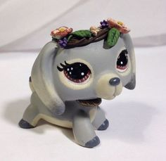 Littlest pet shop Dog * Darling Doxie * Custom Hand Painted LPS. The Effective Pictures We Offer You About Littlest Pet Shop Diy art A quality picture ca Lps Dachshund, Lps Dog, Lps Cats, Little Pet Shop, Little Pets, Lps Collies, Collie Dog, Custom Lps, Lps Accessories