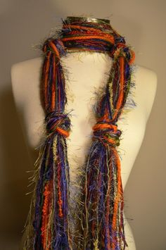 Sewing Scarves, Yarn Necklace, Scarf Knots, Neck Accessories, Crayon Box, Ribbon Yarn, Skinny Scarves, Altered Couture, Fringe Scarf
