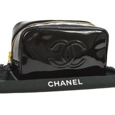 Chanel vintage CC Cosmetic handbag Chanel Chain Bag, Chanel Bracelet, Chanel Clutch, Chanel Wallet, Chanel Boy Bag, Burberry Handbags, Chanel Handbags, Fashion Handbags, Purses And Handbags
