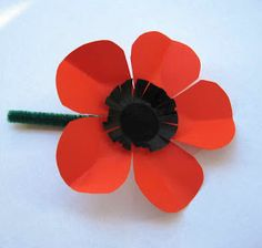 Fifi Verses the World: Chinese Poppies? I don't think so! Memorial Day Activities, Remembrance Day Activities, Remembrance Day Poppy, Poppy Craft For Kids, Crafts For Kids, Paper Plate Poppy Craft, Poppy Template, Anzac Poppy, Pencil Topper Crafts
