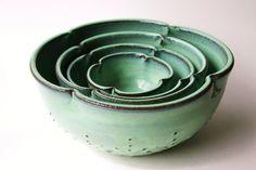 Ceramic Nesting Bowls  Set of 4 Serving Dishes  von BackBayPottery, $168.50