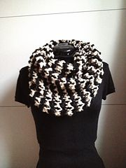 Ravelry: Zebra Cowl free pattern