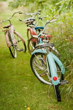 #bicycles Photography by mabyn.com  Read more - http://www.stylemepretty.com/2012/05/30/bicycle-themed-wedding-by-mabyn-ludke-photography/