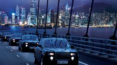 On the way to The Peninsula - the oldest hotel in Hong Kong but continues to set luxury hotel standards worldwide