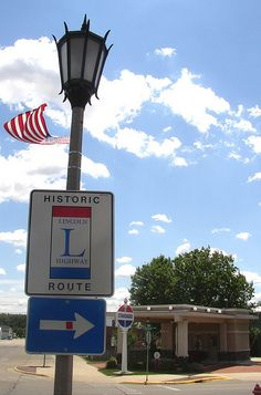 Historic Lincoln Highway Route - Rochelle, Illinois by Rochelle Ross, via Flickr