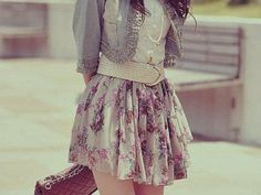 im not into flowery designed clothes, but i want her skirt!